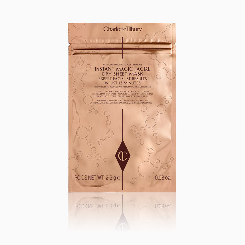 INSTANT-DRY-SHEET-MASK-IN-PACKAGING-PACKSHOT