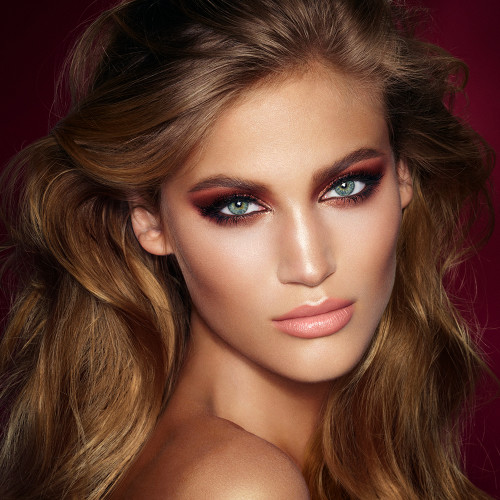 The Dolce Vita Makeup Look: Makeup Gift Sets