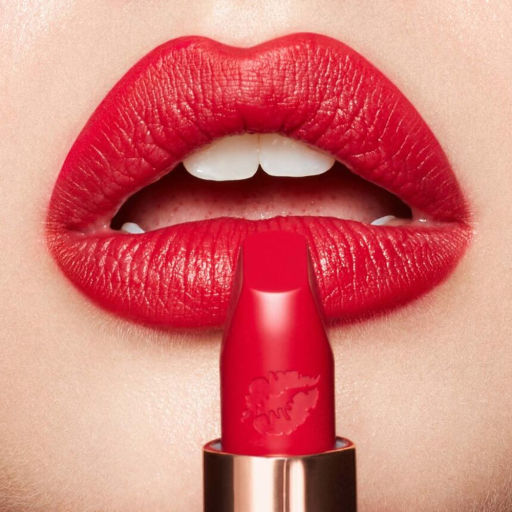 Hot Lips 2 Patsy Red