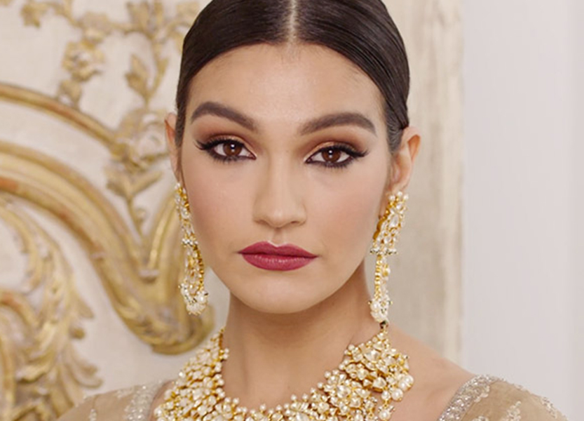 ENCHANTING ASIAN WEDDING LOOK