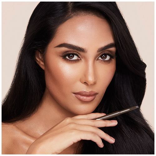 Supermodel Brow in Black Brown Model Image