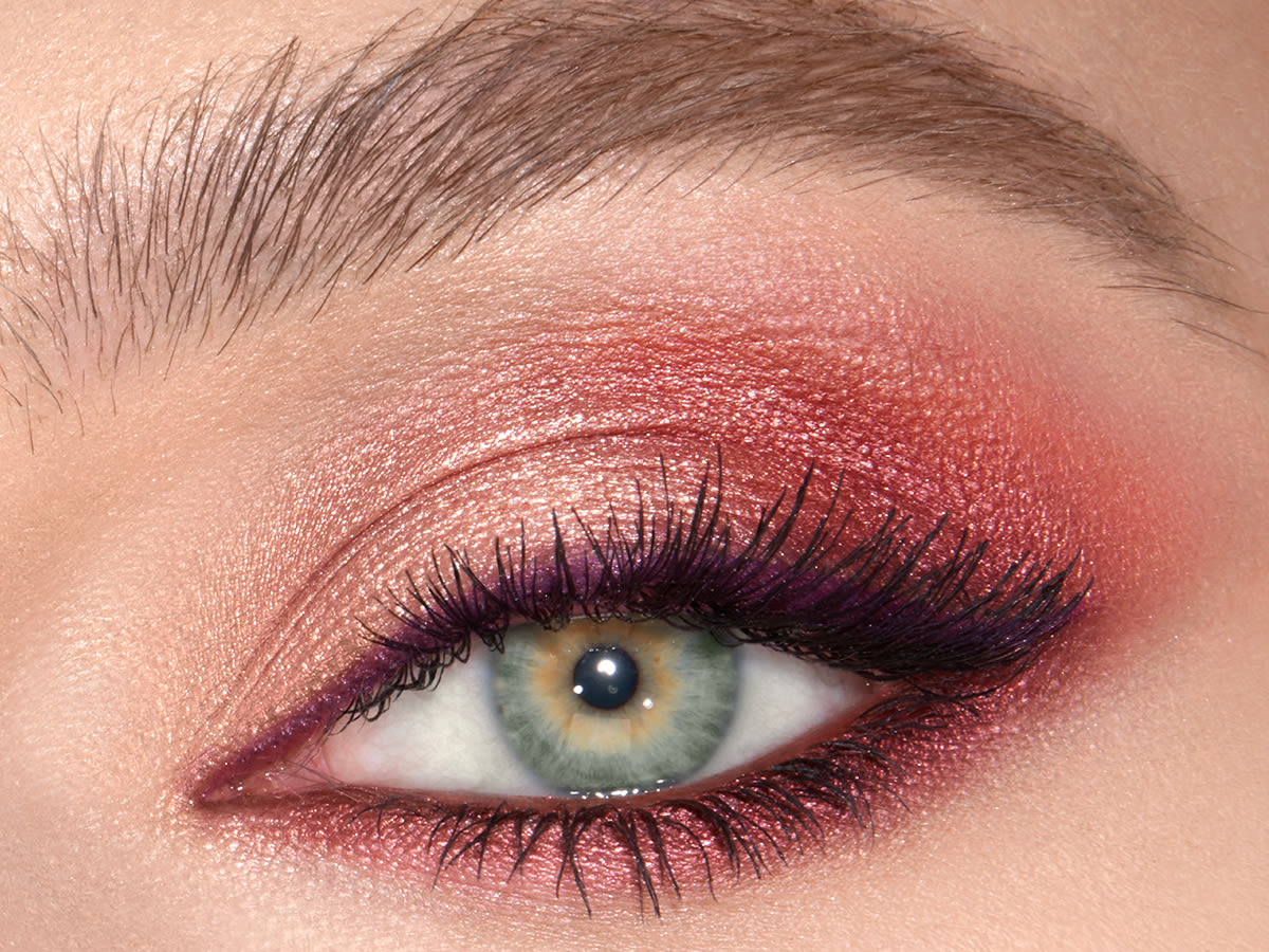 4x3 - mesmerising maroon single eye crop