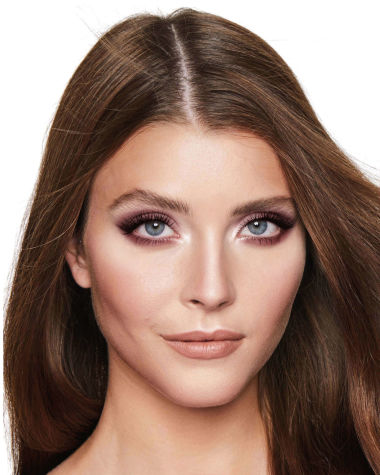 Instant Look Gorgeous Glowing Beauty Model 3 R5
