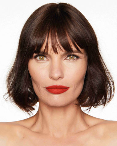 Charlotte Tilbury Hot Lips 2 Red Hot Susan Model 7