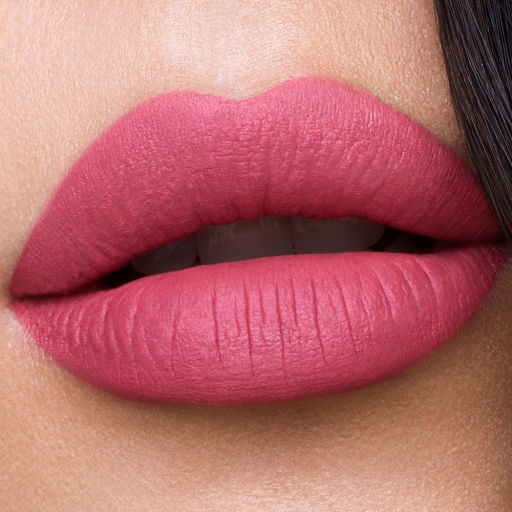 charlotte-tilbury-hollywood-lips-pin-up-pink-lipstick