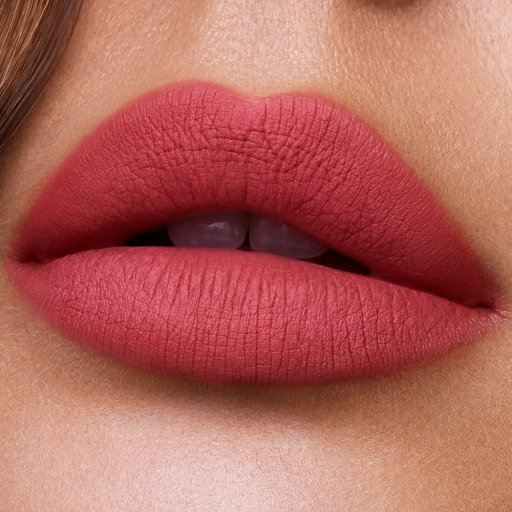 charlotte-tilbury-lips-lipstick-hollywood-lips-too-bad-im-bad-close-up_1