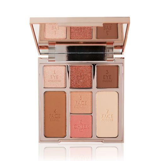 Instant Look in a Palette Glowing Beauty Pack Shot