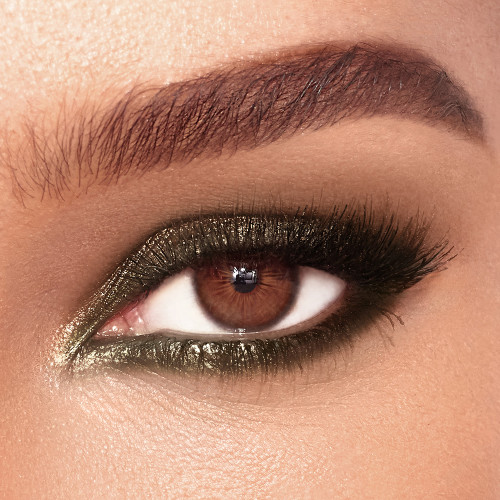 Smokey Eye Emeral Model Eye Shot