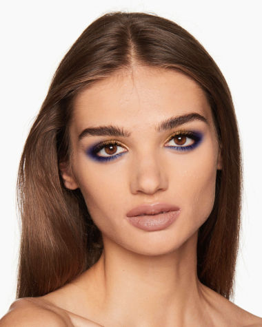 Eye Colour Magic Luxury Palette blue Model10 R6