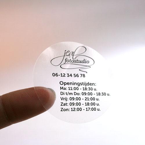 Transparente Sticker auf Rolle