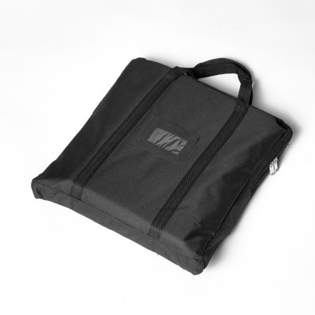 An image of a D6 poster stand bag available at Helloprint and used in order to carry your poster stand with ease