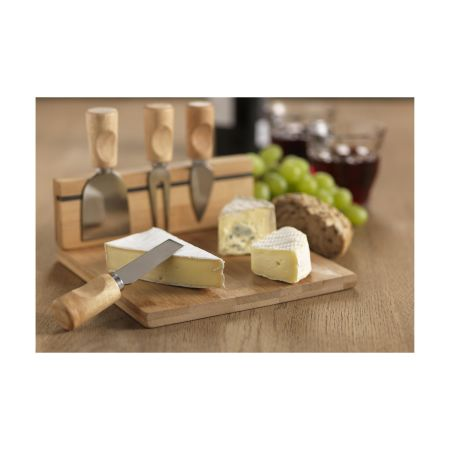 Premium cheese tray with matching cheese cutlery. Personalise it at Helloprint with your own logo or text.