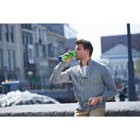 An image of a man enjoying a drink from his Helloprint personalised printed Contigo Swish water bottle