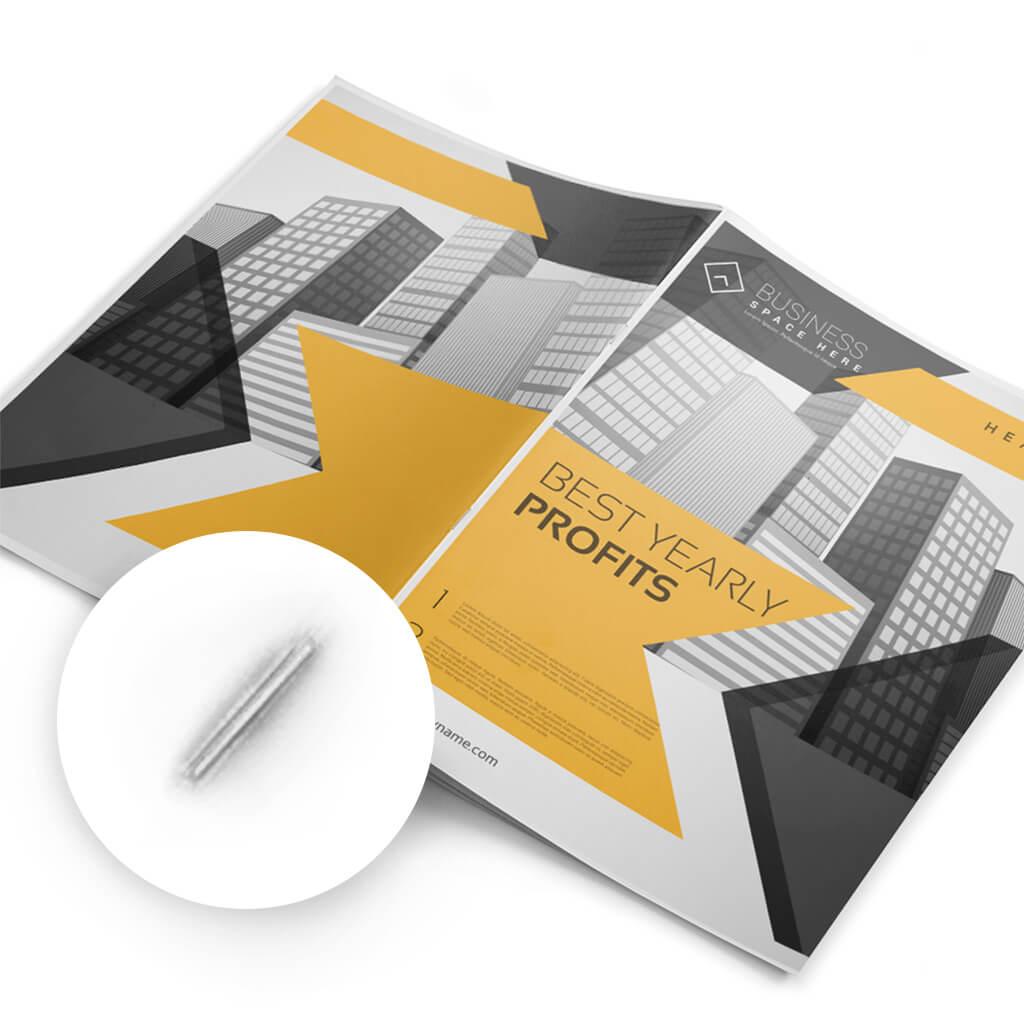 Geheftetes Booklet mit Ihrem eigenen Design | Helloprint