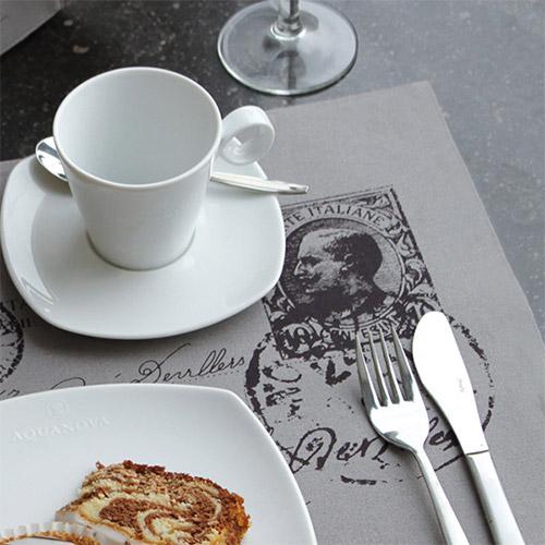 set de table personnalis plastique papier helloprint. Black Bedroom Furniture Sets. Home Design Ideas