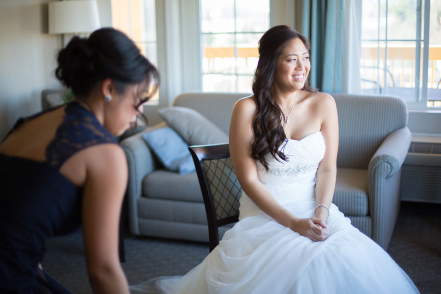 5 wedding dress stains and how to fix them weddingwire for Wedding dress stain removal