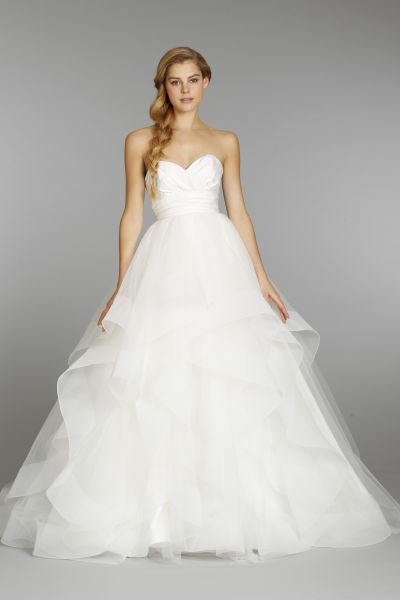 23 wedding dresses under 3 000 weddingwire for Wedding dresses under 3000 melbourne