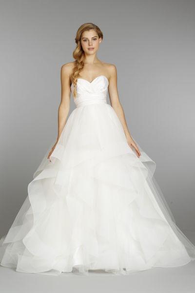 23 wedding dresses under 3 000 weddingwire for Wedding dresses under 3000 melbourne