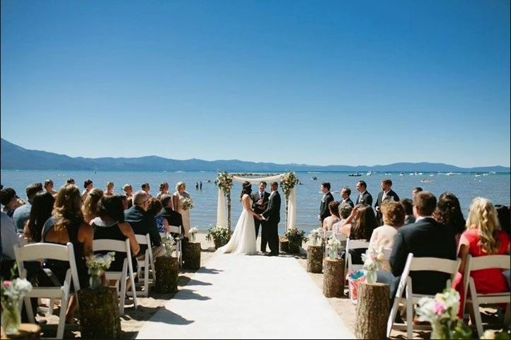 11 lake tahoe wedding venues that are truly spectacular weddingwire beach retreat lodge at tahoe junglespirit Image collections