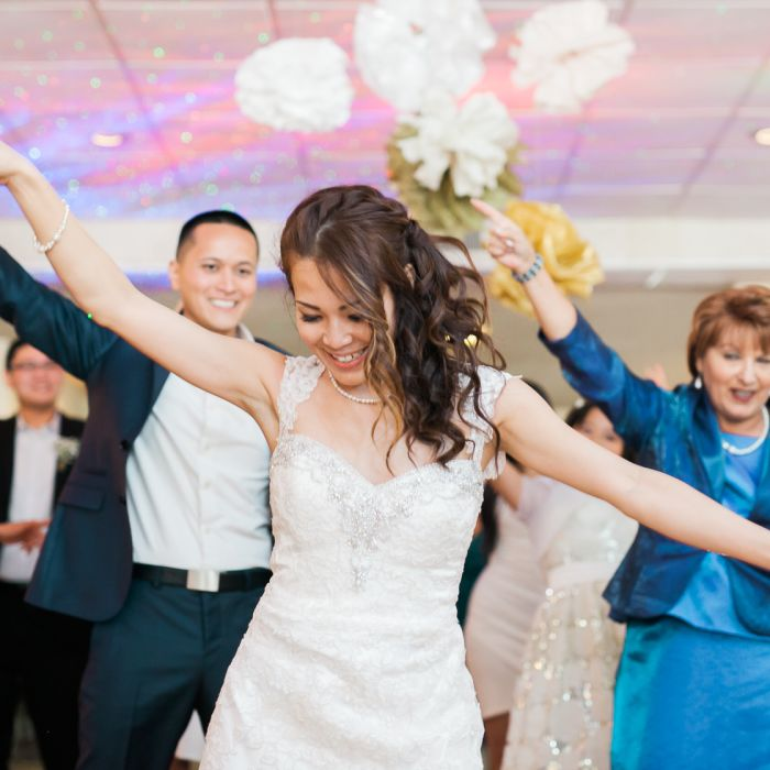 Wedding Dance Song Ideas: Wedding Last Dance Song Ideas From The Experts