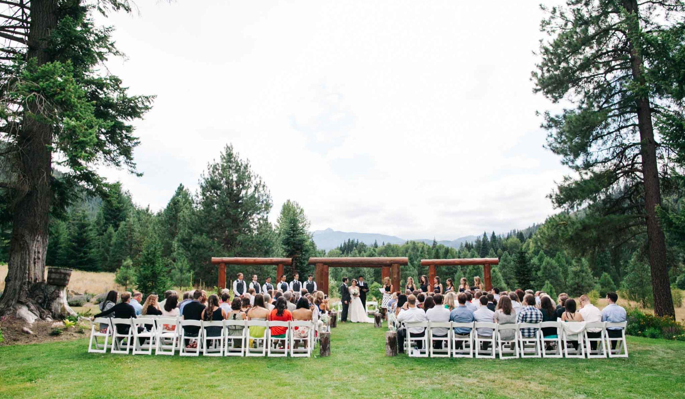 10 Rustic Outdoor Wedding Venues In Seattle - WeddingWire