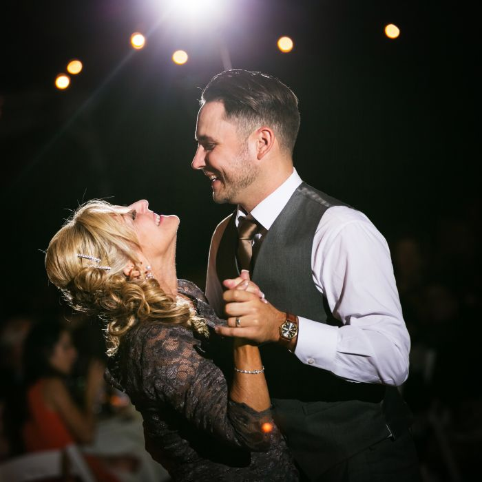 Fun Wedding Dance Songs: 20 First Dance Songs That Are Modern AND Romantic