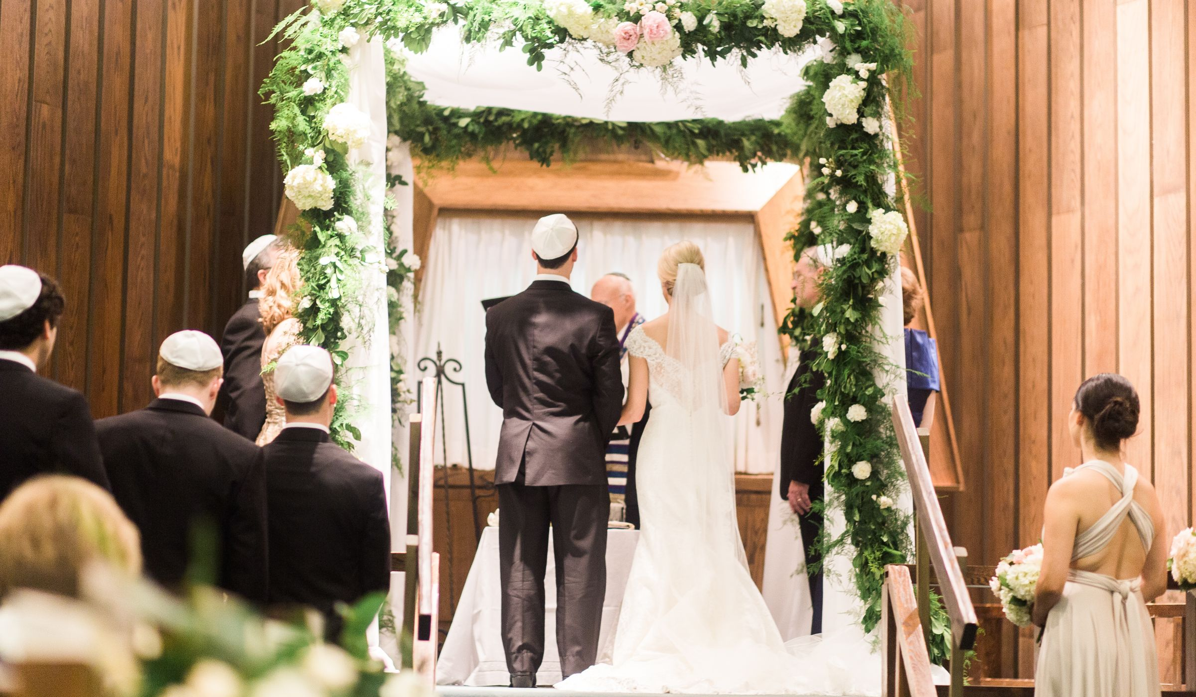 how to attend your first jewish wedding weddingwire. Black Bedroom Furniture Sets. Home Design Ideas