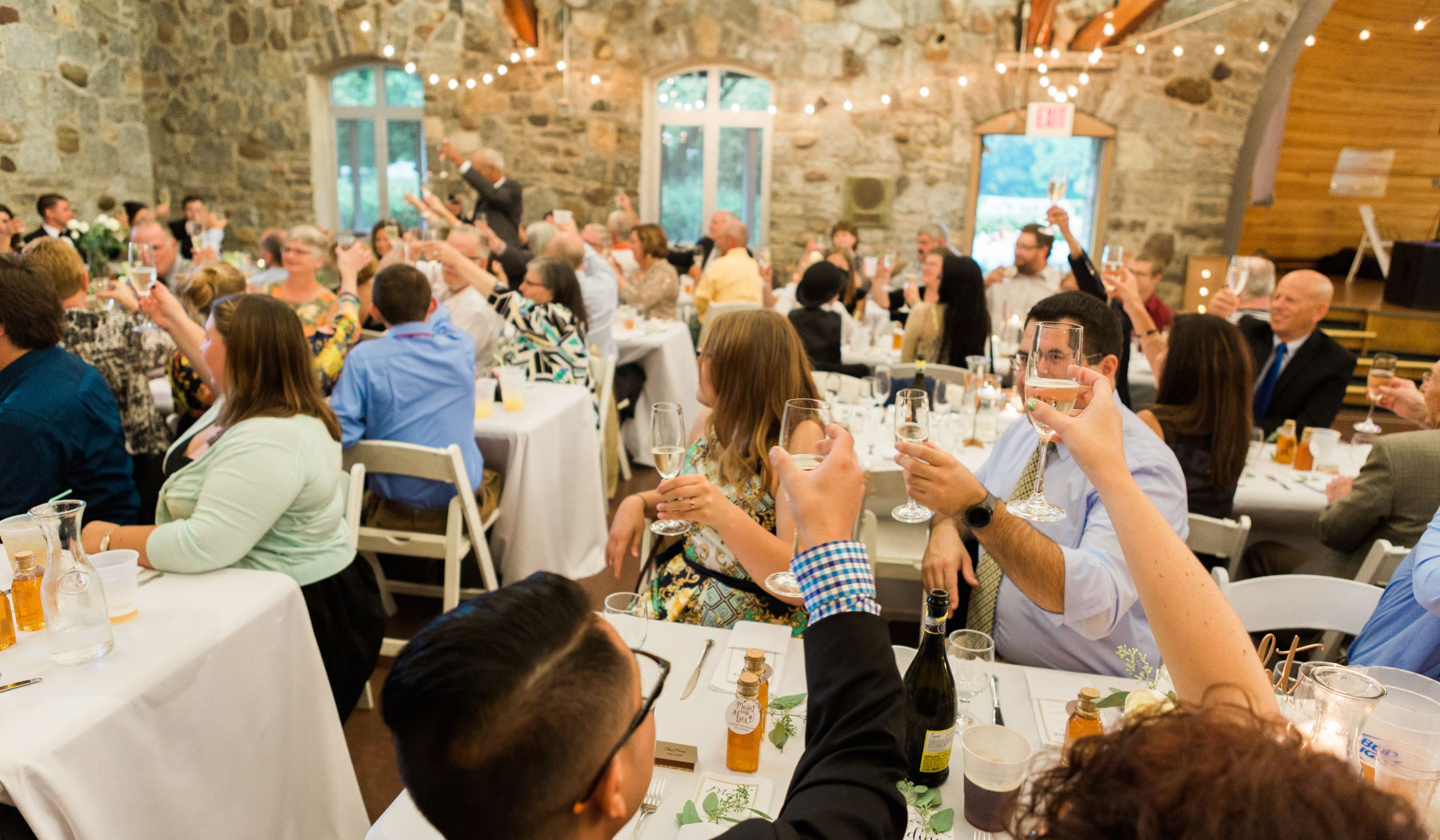 5 Things To Tell Your Out Of Town Wedding Guests Weddingwire