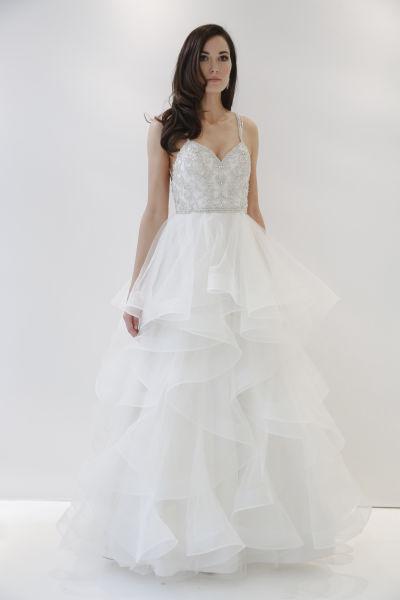 10 Amazing Las Vegas Wedding Dresses