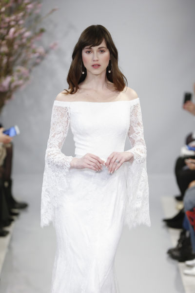 5 wedding dress sleeve styles you need to know weddingwire wedding dress junglespirit Image collections