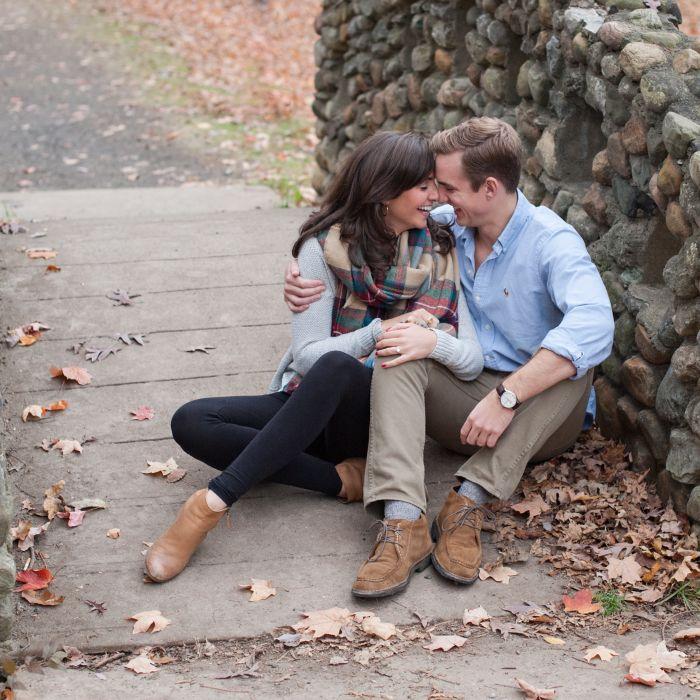 18 Best Engagement Announcement Photo Ideas: 20 Engagement Announcement Ideas To Steal For The Big