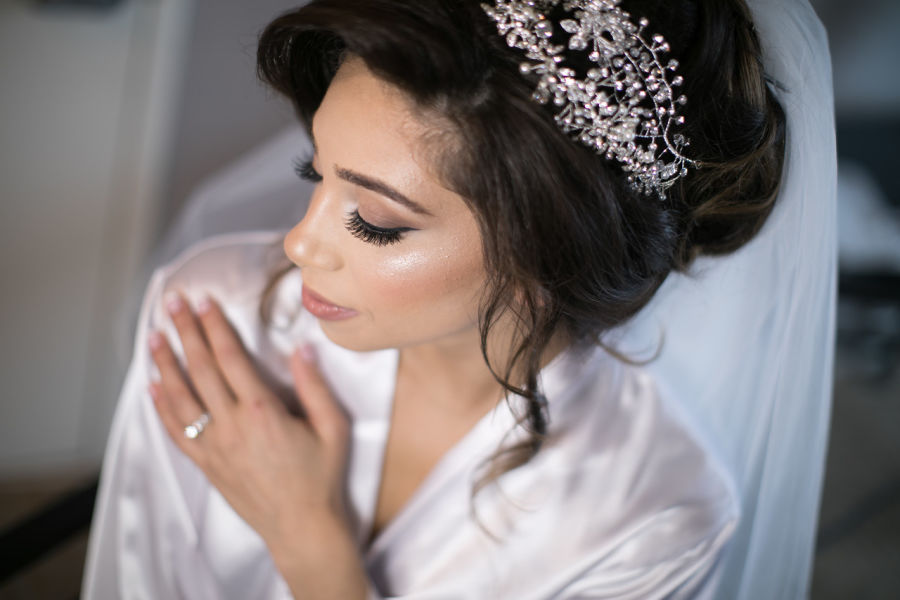 Your wedding hair makeup trial what to expect weddingwire bride hair and makeup junglespirit Images