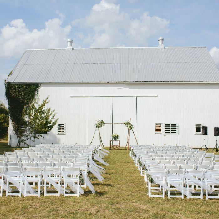 13 Bride Entrance Songs For An Epic Walk Down The Aisle: Wedding Ideas