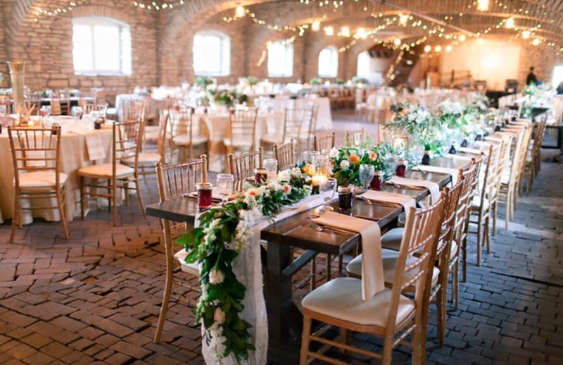 Check Out The Top Minnesota Barn Wedding Venues Here