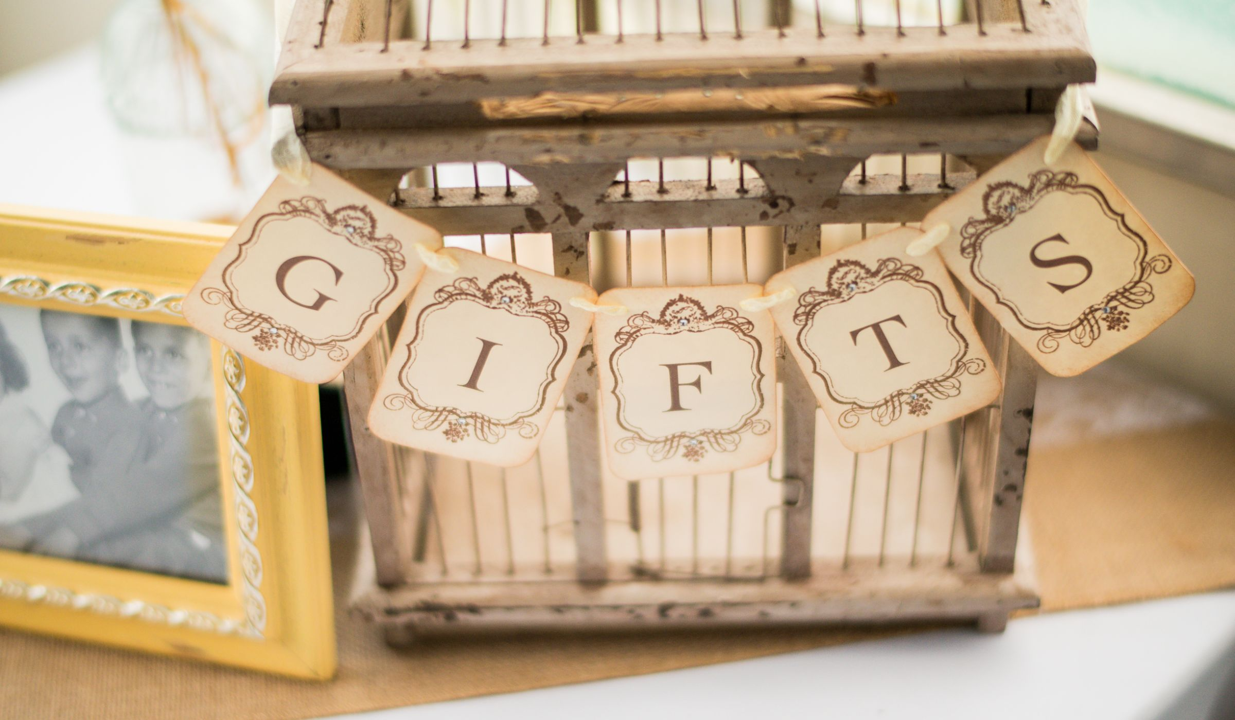 How Much To Spend On A Wedding Gift Once And For All