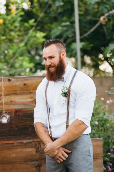 Casual wedding attire for grooms weddingwire here are a few grooms in casual attire junglespirit Gallery