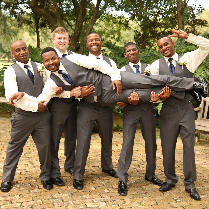 8 Summer Bachelor and Bachelorette Party Ideas - WeddingWire