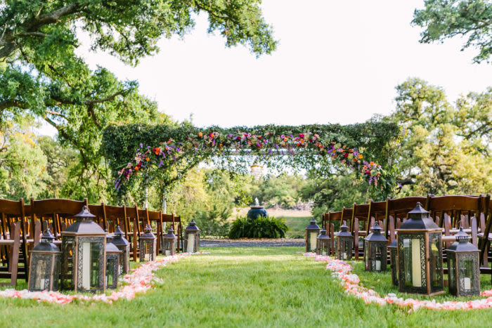9 austin outdoor wedding venues that are so trendy weddingwire ranch wedding venues in austin junglespirit Image collections