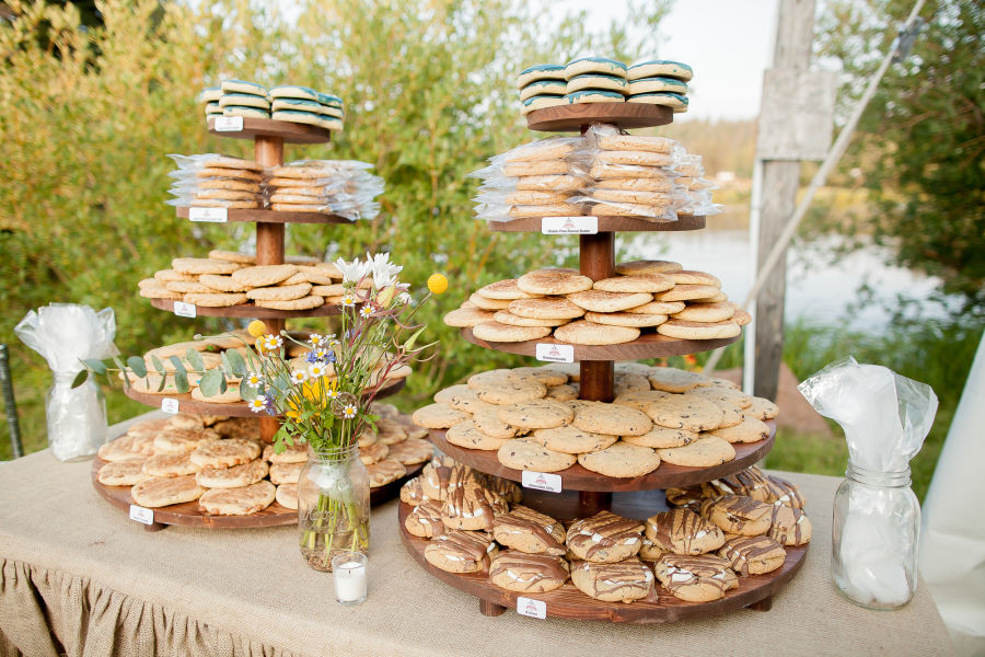 Got Milk? The 10 Yummiest Cookie Ideas for Your Wedding - WeddingWire