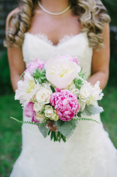 The top 7 spring wedding flowers will make you swoon weddingwire read on to learn which are the most popular spring wedding flowers junglespirit Choice Image
