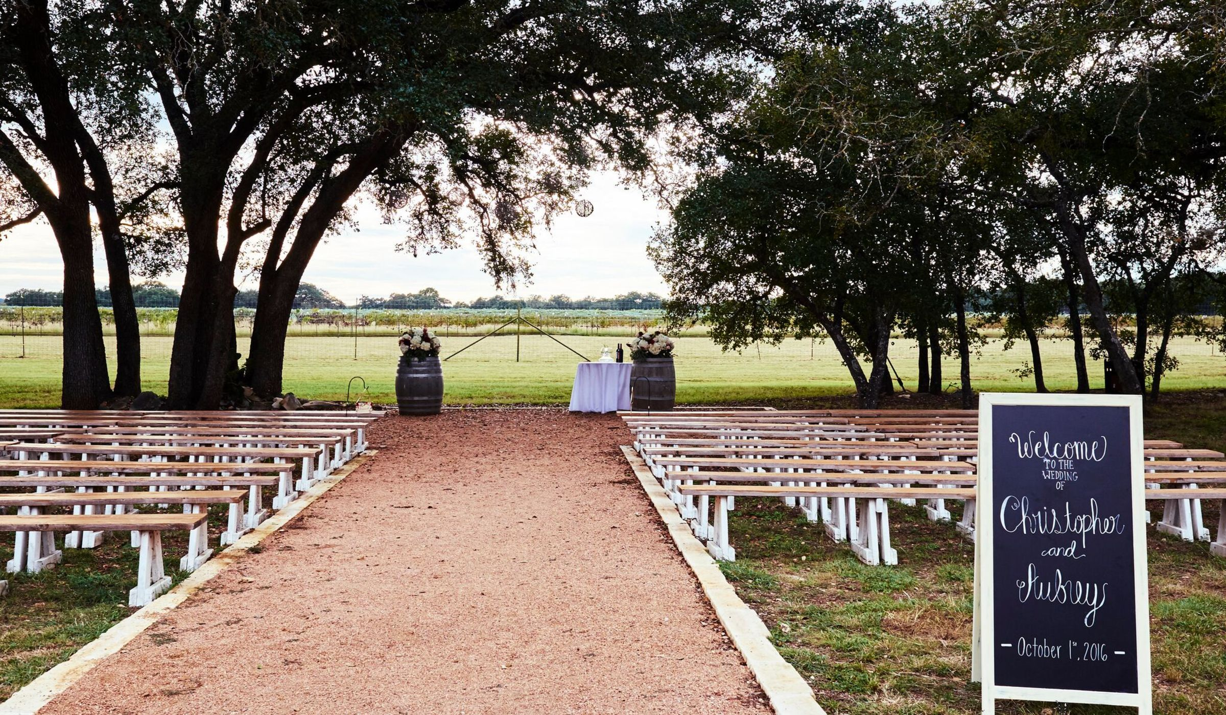 9 Austin Outdoor Wedding Venues That Are So Trendy ...