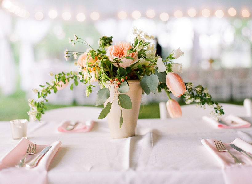 11 gorgeous spring wedding ideas to make you swoon weddingwire if youre planning a spring wedding take a look at some of the prettiest ideas weve seen yet junglespirit Gallery