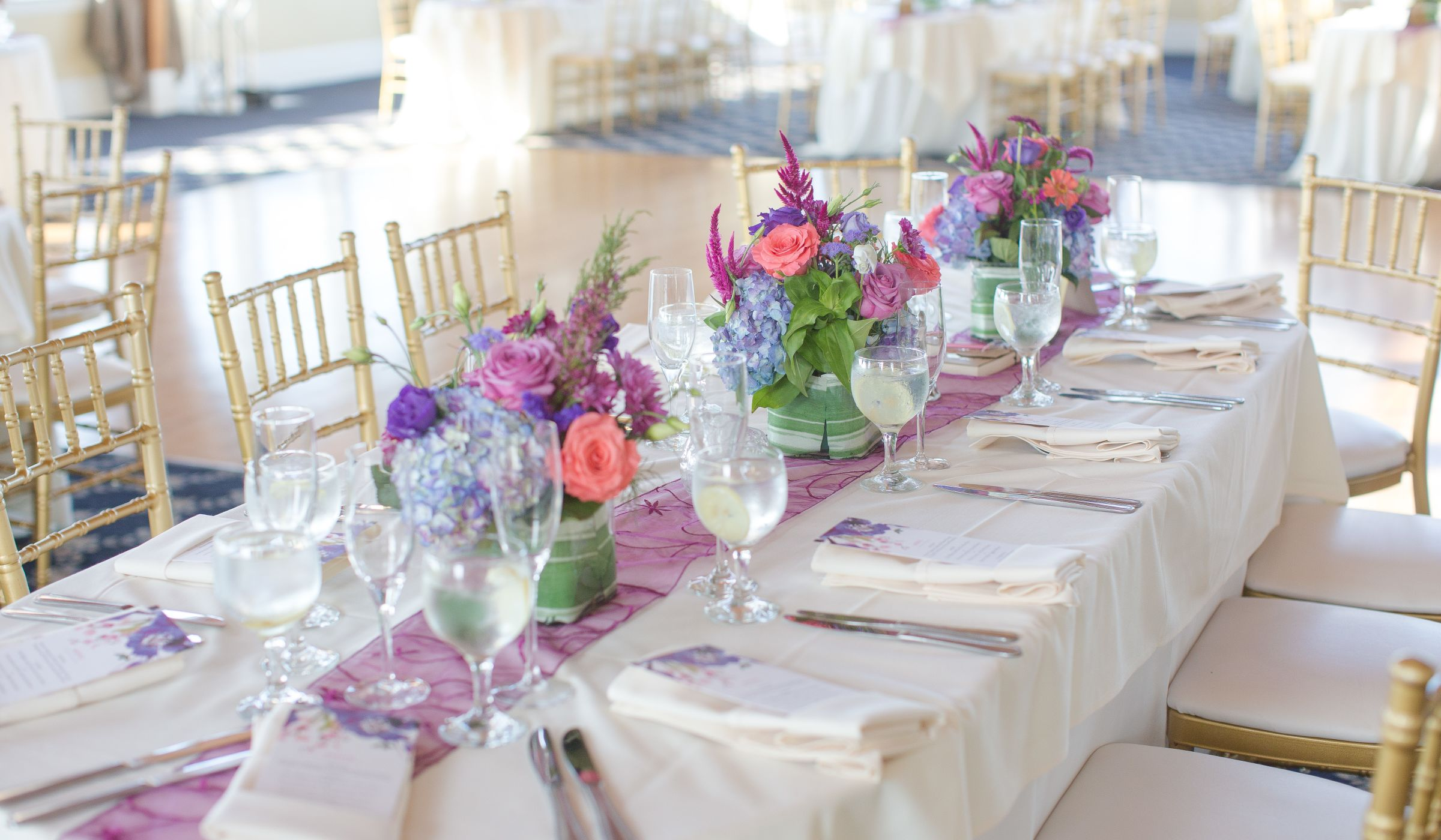 How much does a wedding planner cost and why weddingwire for Day of wedding planner cost