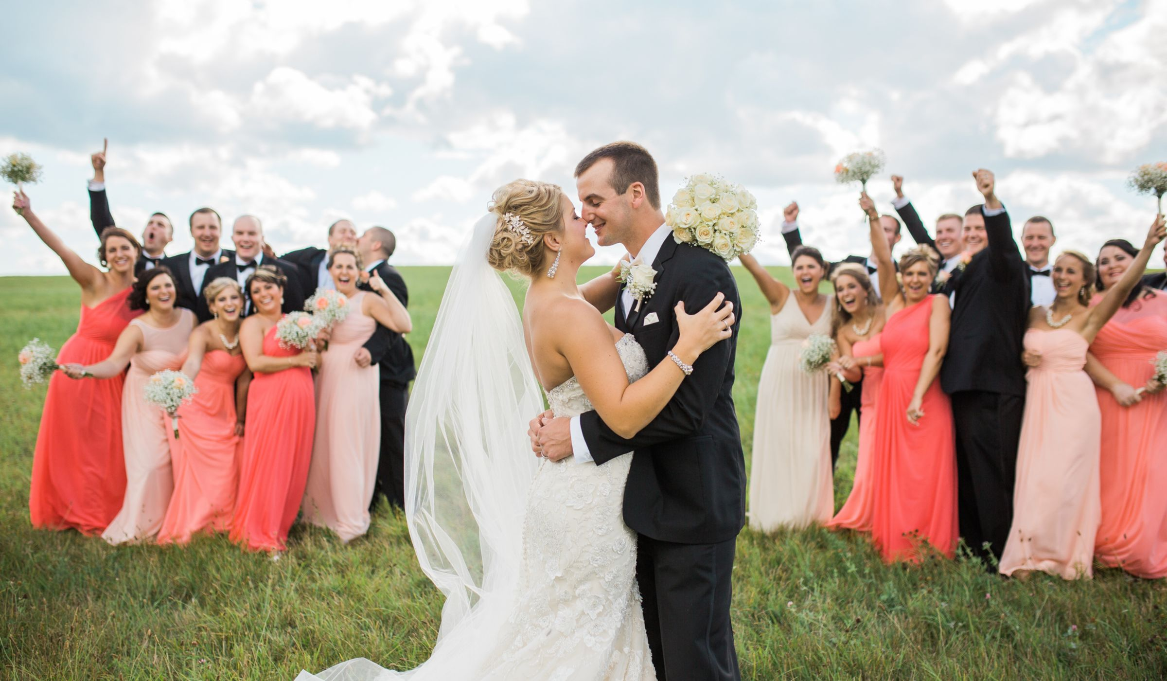 The Pros And Cons Of A Big Wedding Party