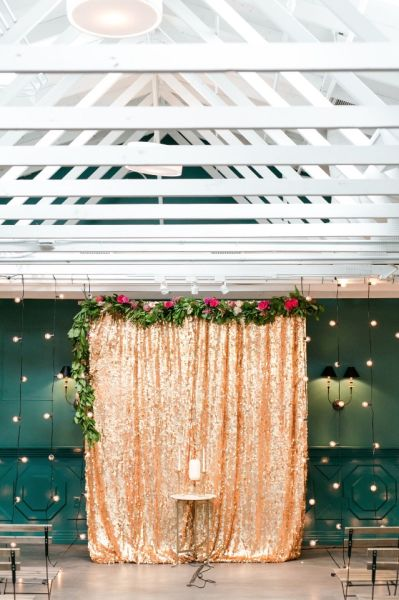20 Unique Indoor Wedding Ceremony Backdrop Ideas