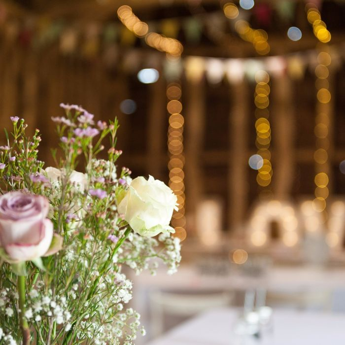 8 Barn Wedding Venues Near Chicago for Rustic Couples ...