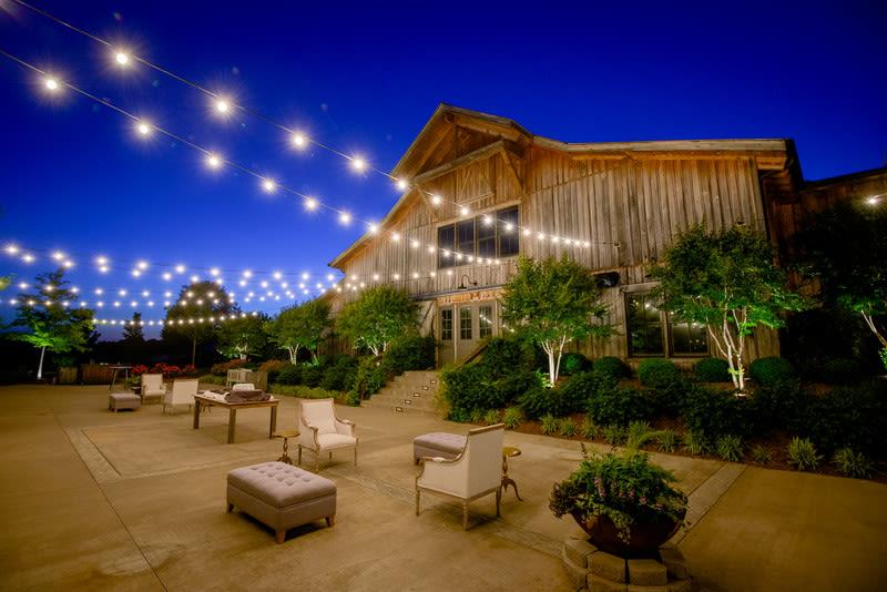 11 Rustic Barn Wedding Venues in Nashville, Tennessee ...