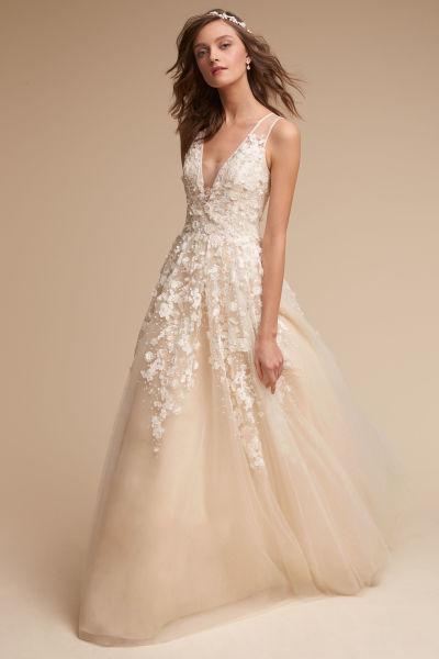 23 wedding dresses under 3 000 weddingwire