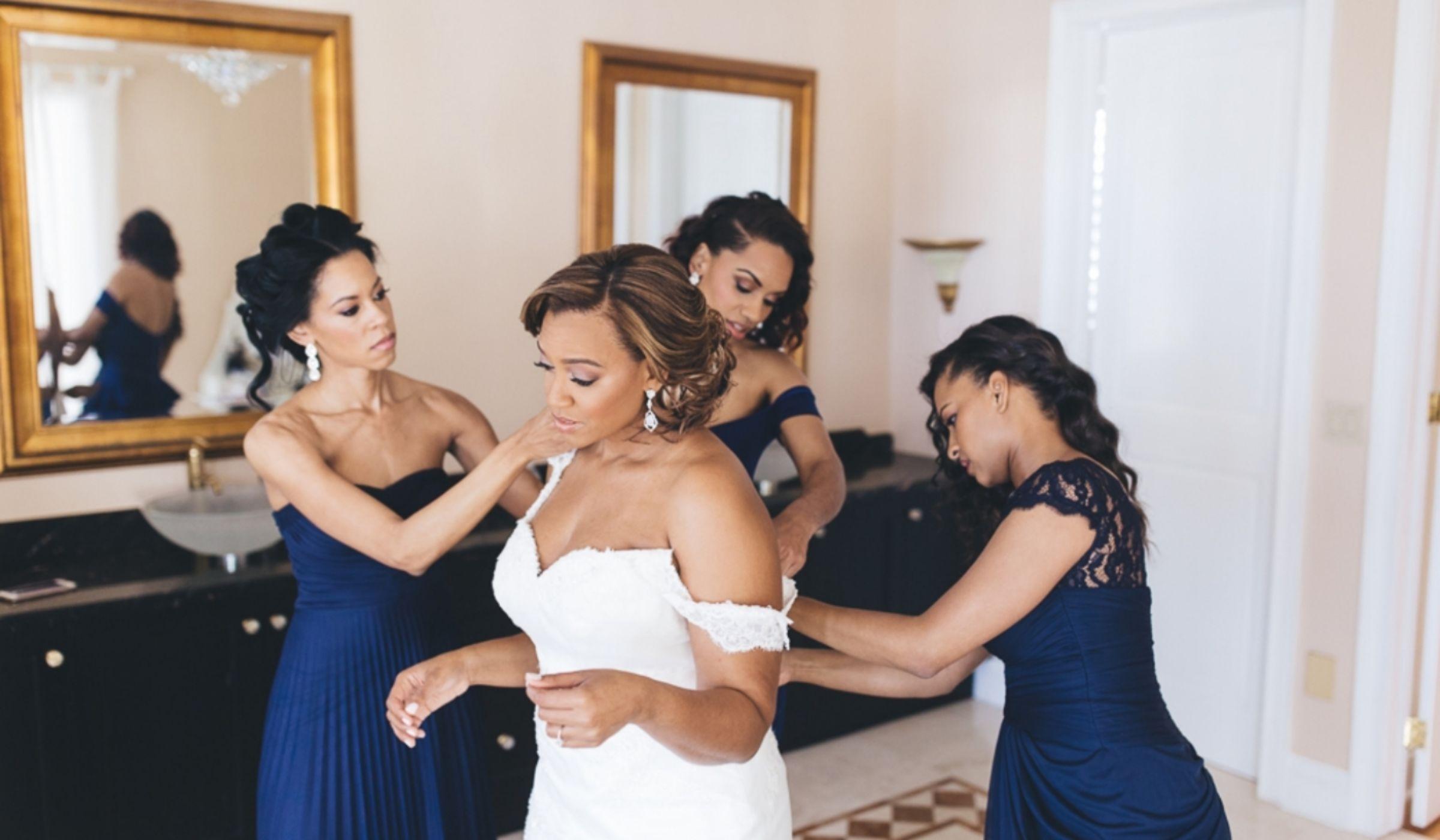 Wedding attire weddingwire sponsored ombrellifo Gallery