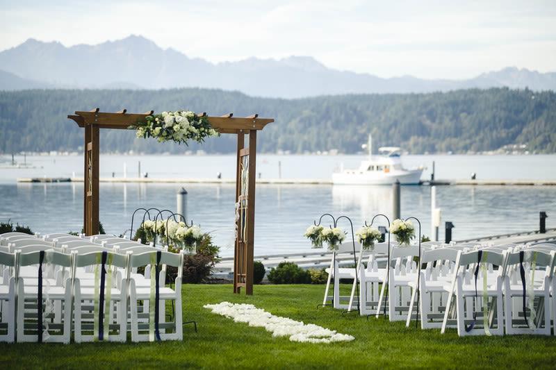 9 Beautiful Seattle Wedding Venues on the Water - WeddingWire